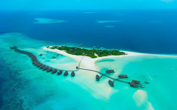 tourist island, coco beach, maldives