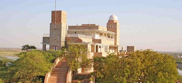 jodhpur sardar samand lake palace, india