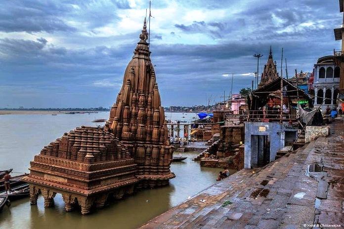 scindia ghat, varanasi, india