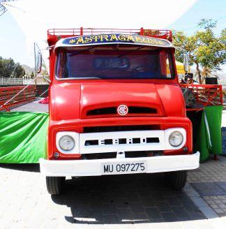 """Camión """"Astragalus"""" de Materia Primo"""