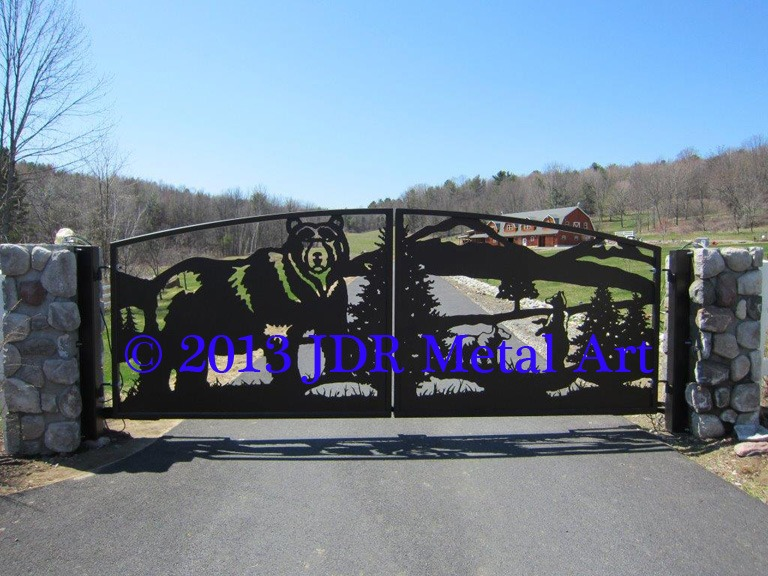 New York Custom Driveway Gates with plasma cut wildlife bear scene by JDR Metal Art.