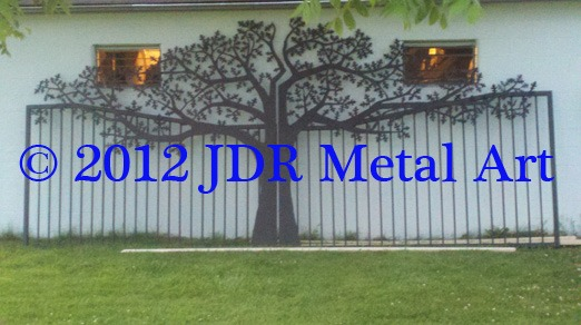 JDR Metal Art plasma cut oak tree entrance gate