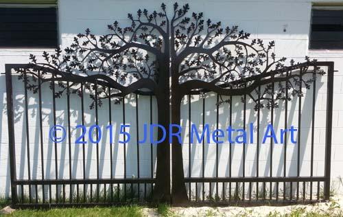 Wisconsin Plasma Cut Oak Tree Custom Driveway Gate By Jdr