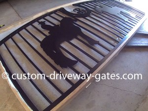 Sarasota aluminum arched driveway gate handcrafted by JDR Metal Art.