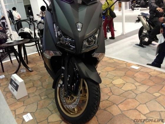Yamaha TMAX BOLT 04