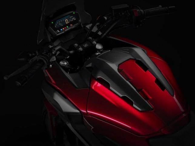 NC750X X400 2016model 02