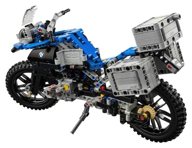 BMWR1200GS LEGO 06