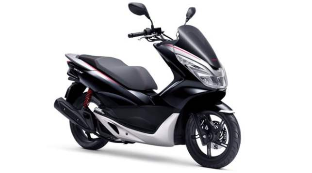 PCX 2017 Newcolor 03