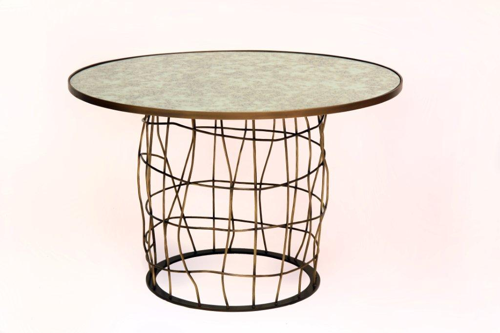 Giacometti-Style-End-Table-Bronz