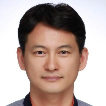 Mr. Hwang Seong Un.jpg