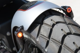 Gute Sichtbarkeit garantiert: integrierte Blinker/Bremskombi