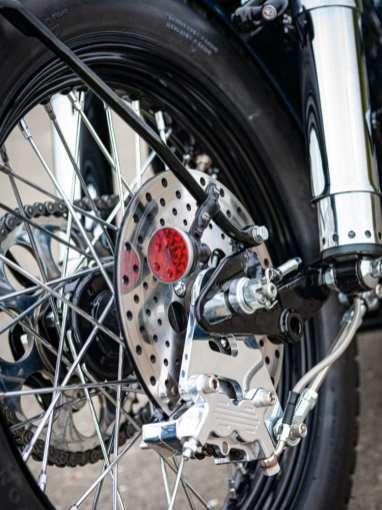 Smart - das Rücklicht versteckt sich neben der Bremsscheibe