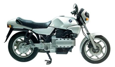 Das Original: Die nackte K 100 für 12.490 Mark war 1983 das erste Modell der neuen Baureihe mit längsliegendem Vierzylinder