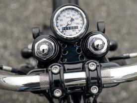 Minimalistisch gibt sich das Zentralinstrument von MMB. Noch nicht mal zwei Kilometer wurde das Bike seit dem Aufbau bewegt