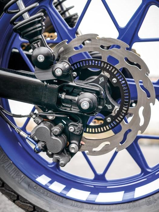 Die Bremsanlage bekam vorn und hinten neue Scheiben von Motomaster