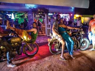 Jeder kennt diesen Ort namens Goa. Entdeckt von den Hippies, bekannt für seine Strände und Partys – und nun auch für Motorräder