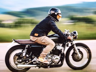 John Doe: Innovative Motorradbekleidung mit Style.