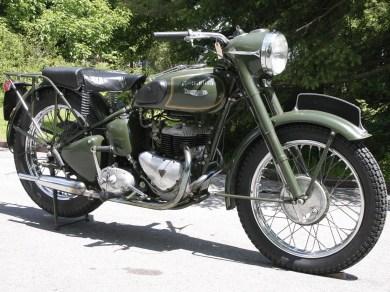 Die TRW 500 im Originalzustand – eine alte englische Militärmaschine Baujahr 1953