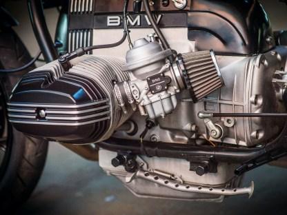 Vor allem wegen der älteren Zweiventil-BMWs kommen die Kunden in Ralfs Werkstatt