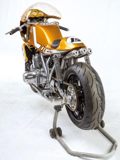 »Egli 750«, ohne Einschränkung sind die Bikes dieses Namensgebers mit das Edelste, was die Straße berühren kann. Neid dem, der das fahren darf
