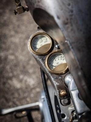 Kontrolle ist besser: Zusatzinstrumente informieren über Öldruck und -temperatur