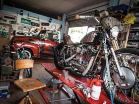 Nicht nur den 51er Chevy Pickup und die Ironhead-Sportster hat Basti hier komplett aufgebaut
