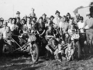 Der Gespannsport war Familiensache (Konrad links im Bild mit Startnummer D1)