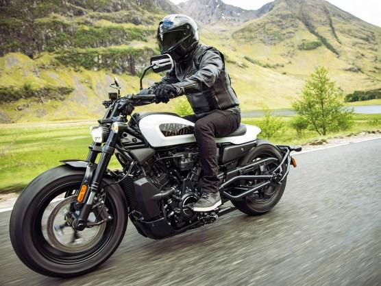 Harley-Davidson Sportster S: Gerade totgeglaubt, erfindet Harley seine Sportster-Familie neu. Die sportlichste Sportster, die es je gab