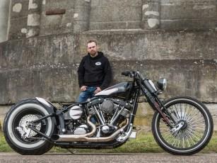 »Lang, niedrig und gemein«, Customizer Nicky hat seinen Stil gefunden und demonstriert ihn an Harleys Shovelhead