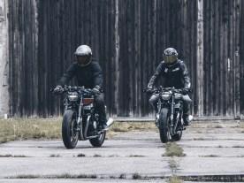 Beide Bikes sind bis auf winzige Kleinigkeiten und die Lackierung nahezu identisch, weswegen ihr hier nur die technischen Daten der rot-blauen Honda veröffentlicht haben