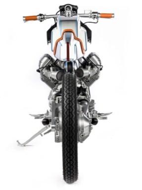 Kunstwerk: Rund um den Guzzi-V2 tat Customizer Yuri Shif das, was er am besten kann – Metall formen und Linien zur Perfektion treiben