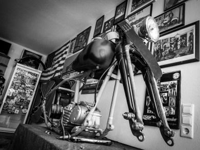 Projekte, Projekte: Mit einem Umbau für einen Freund fing alles an. Aktuell arbeitet Marcus an diversen Projekten, darunter ein Chopper mit Harman-Gabel und eine Harley Knucklehead