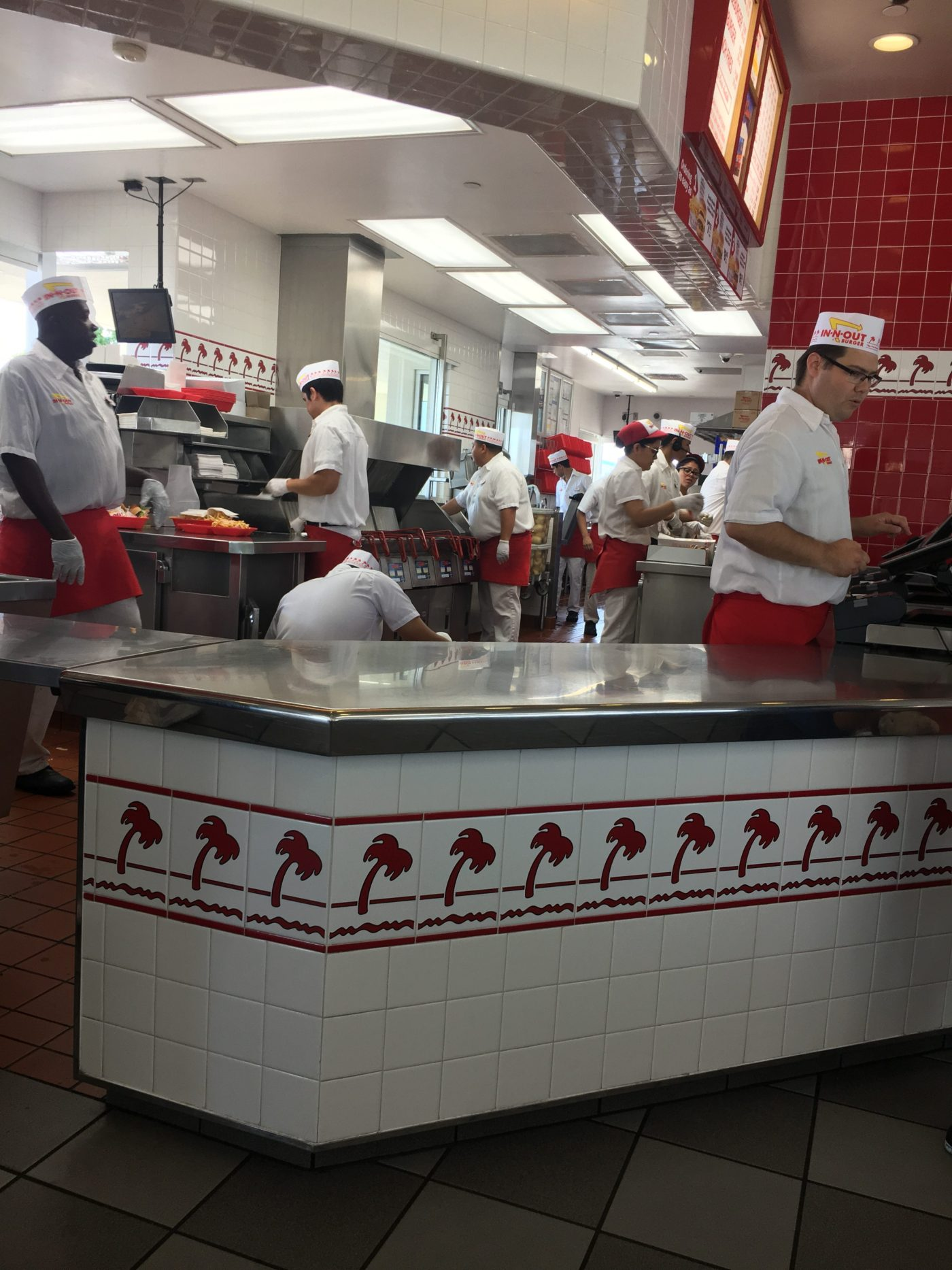 Cooking up employee loyalty the In-N-Out way!