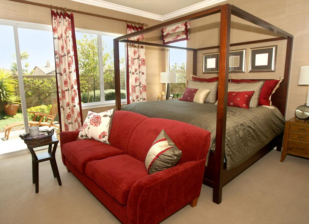 Pros And Cons Of Canopy Beds