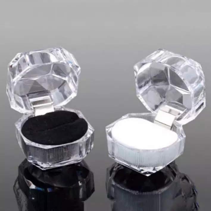 clear diamond gift box/case