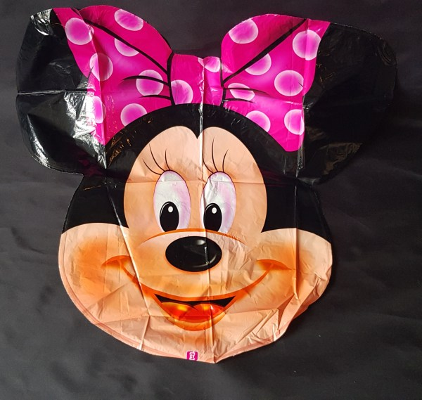 giant minnie head foil balloon