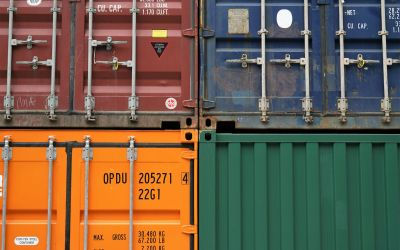 The Shipping Container Twist Lock – Joining containers together