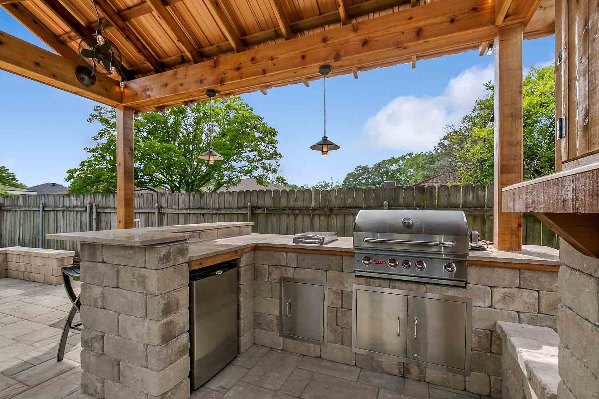 New Orleans Outdoor Kitchens Contractor | Custom Outdoor ... on Patio Kitchen id=17958