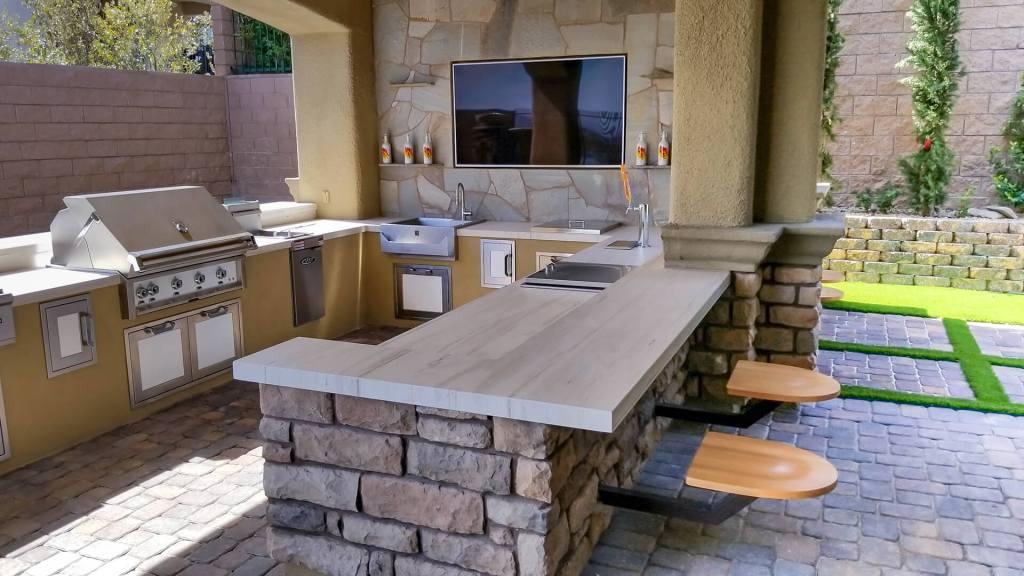 Custom Outdoor Kitchen in Las Vegas, Nevada - Custom Outdoor Living