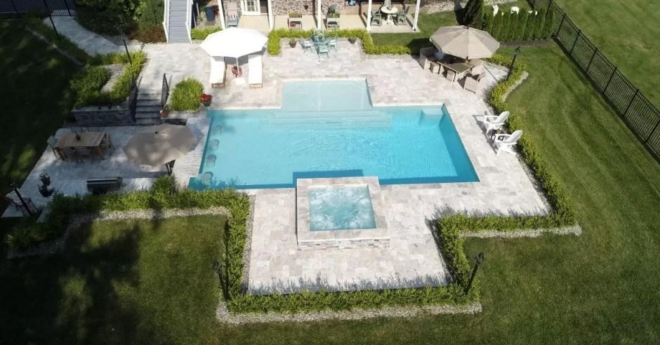Gunite Pools are the top choice of luxury enthusiasts - Custom Pool Pros