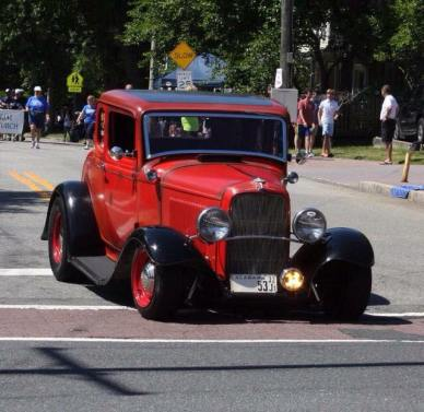 1932 Ford 5W Coupe - Car Show - 4