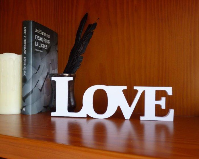 LOVE blanco para decoracion