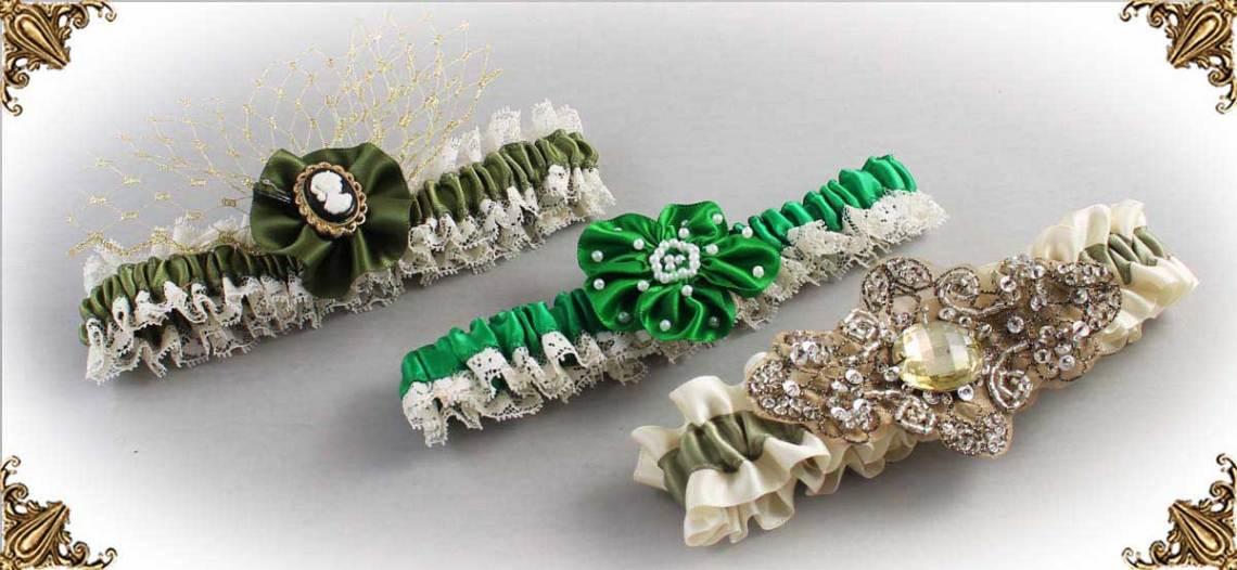 Ivory and Green-Wedding-Garters-Bridal-Garter-Prom-Garters-Custom-Wedding-Garter-Linda-Joyce-couture