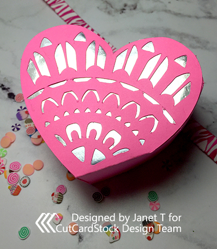 feature heart box