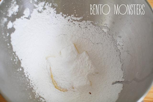 tsum cookie05 min - めちゃくちゃかわいいツムツムクッキーのレシピをご紹介 〜 絶対作りたい!!