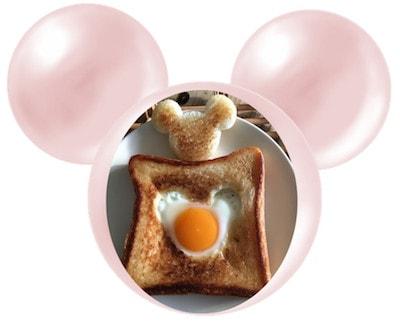 mickey pan07 min 1 - ミッキーマウスの目玉焼きトースト|作り方簡単! 休日のブランチにいかがですか?