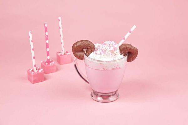 minnie cocoa01 min - ディズニー ホットドリンク 〜 ミッキーマウスとミニーマウスのかわいいホットチョコレート