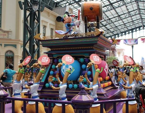 summer02 min - ディズニー夏祭り パイレーツ・サマー2018 〜 夏のディズニーは暑さ対策は必須!