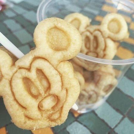 w02 min - ミッキーワッフルが食べたい 〜 ディズニー気分を味わえるナールナッド スイーツメーカー