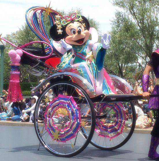 ive03 min - ディズニー年間イベントをディズニー旅行の際には知っておこう!!
